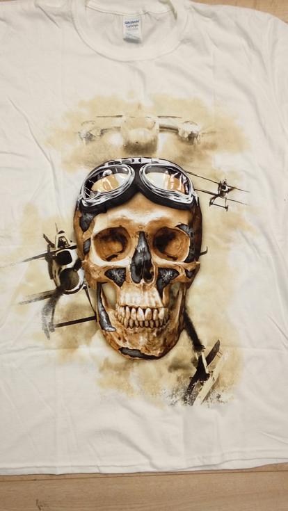 t-shirt mit Aufdruck skull